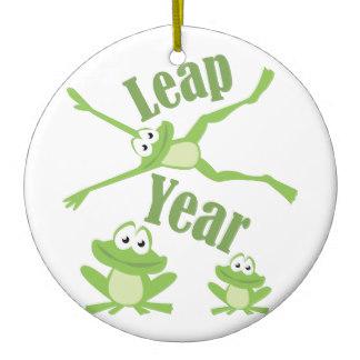 leap_year_round_ceramic_decoration-rdb3520f6d6ae49b0947182b5336af8b3_x7s2y_8byvr_324